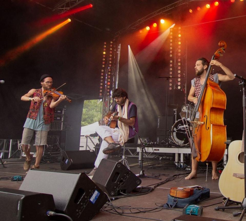 Klingemuehle-band-cello